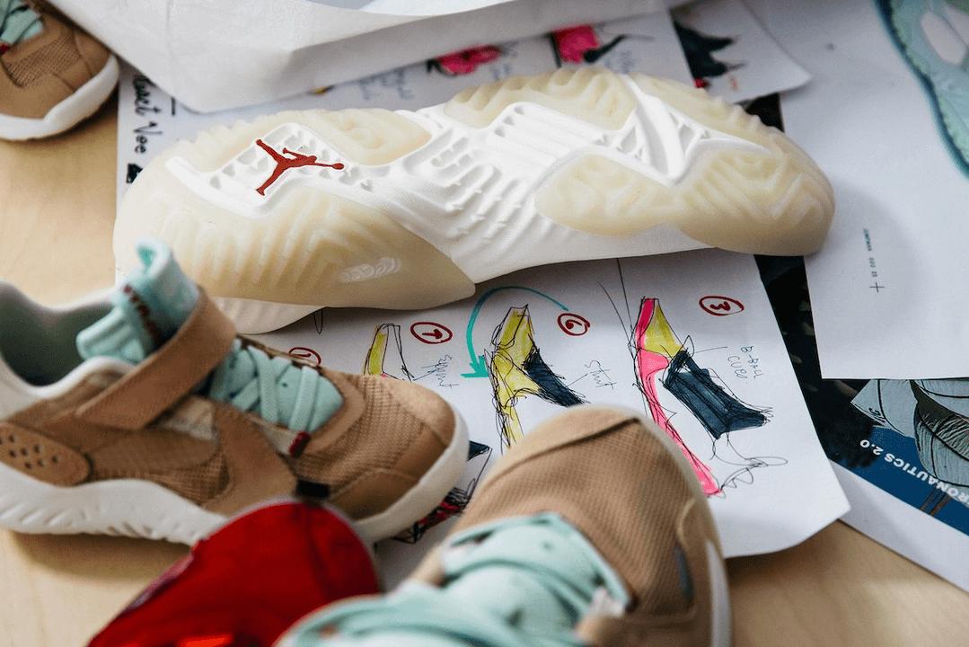 陈冠希连秀的三张 Jordan 神秘新鞋,究竟是什么?